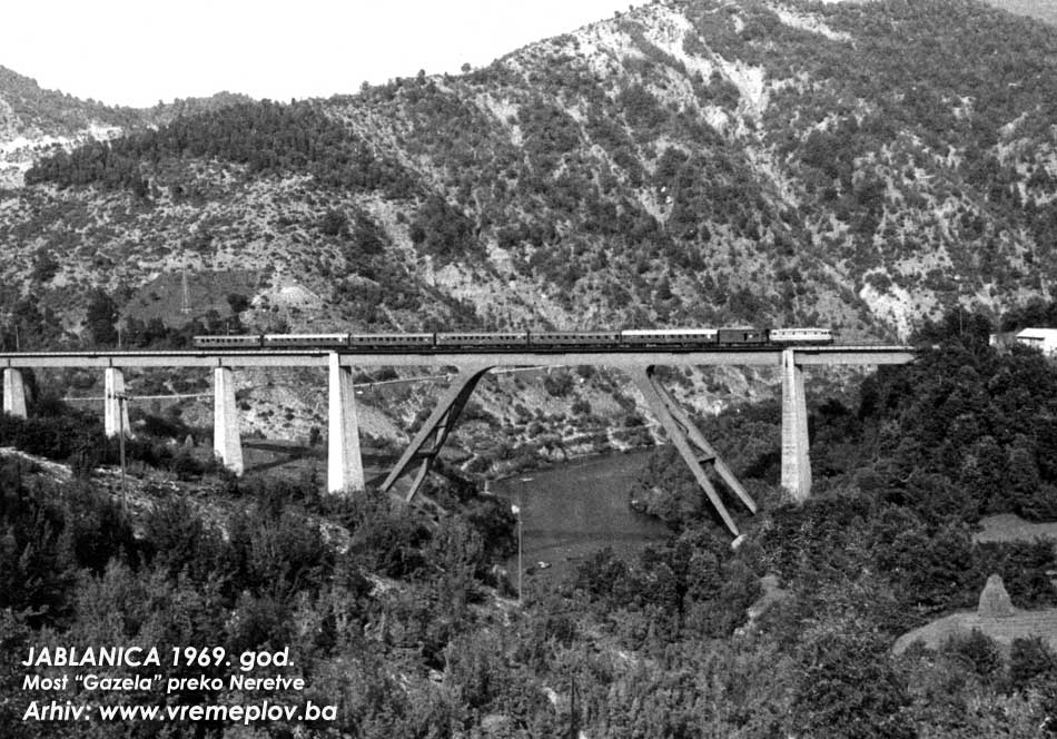 Vozovi - Page 11 Foto-27-Gazela_most_na_Neretvi